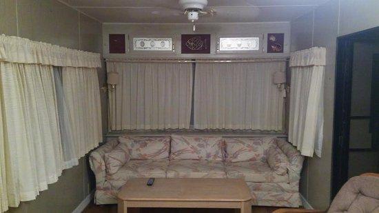 Sebring, FL: Unit #40 - Living Room