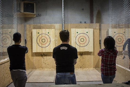BATL - The Backyard Axe Throwing League