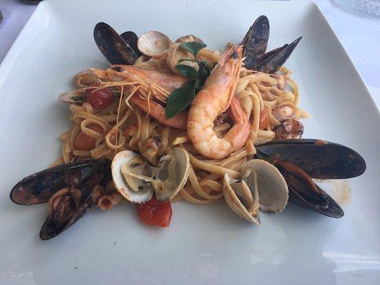Vritomartes Restaurant: photo0.jpg