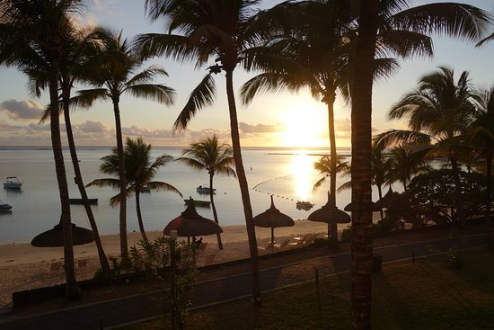 Ambre Resort & Spa: Sunrise view from the room