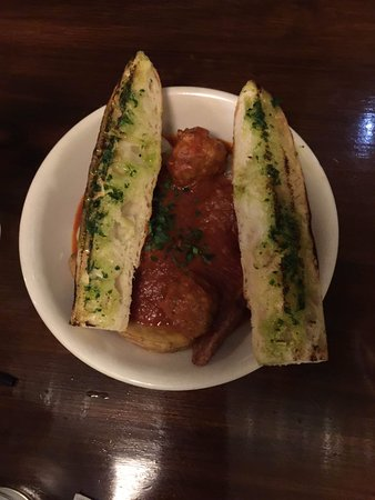 Agoura Hills, CA: lamb meatballs $12 good