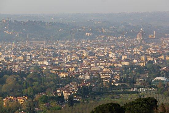 Eden Rock Resort: Panorama of Florence seen from upper terrace