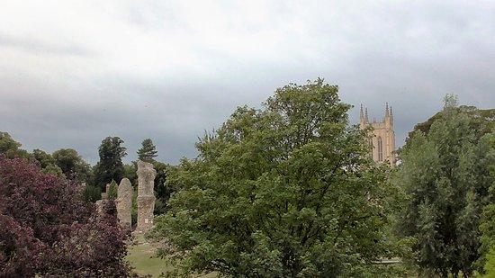 Bury St. Edmunds, UK : Scenic and informative...