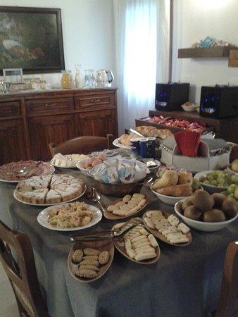 Baone, Italie : Frühstück