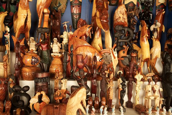 Bahama Craft Centre: Wood carvings are made by hand along with other unique gifts.