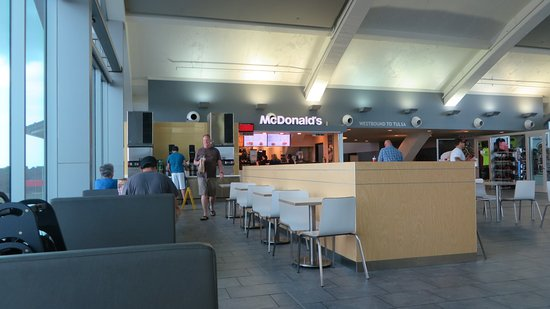Vinita, OK: mcdonalds counter