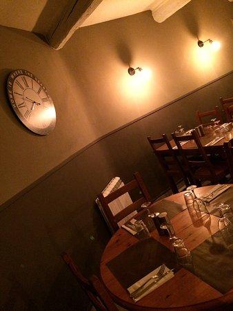 Le repere restaurant pizzeria lancon provence for Pata pizza salon de provence