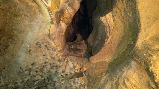 Manitou Springs, CO: Original Rope ladder to exit the cave