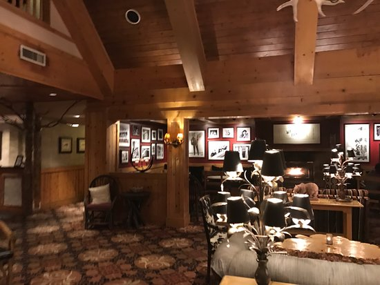 The Edgewater, A Noble House Hotel: Loby