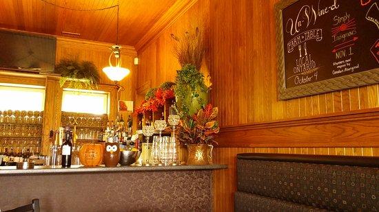 Кингсвилл, Канада: Bar Area