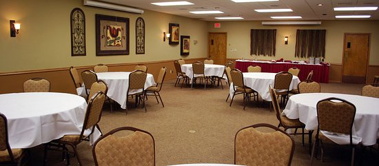 Egg Harbor, WI: The Regatta Meeting Room offers great flexibility is set-up and room layout.
