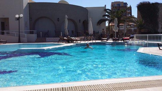 Cactus Hotel لوحة