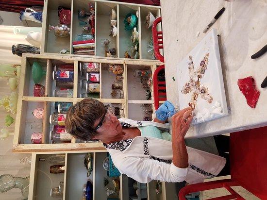 Grayton Beach, Флорида: Our fun art experience.