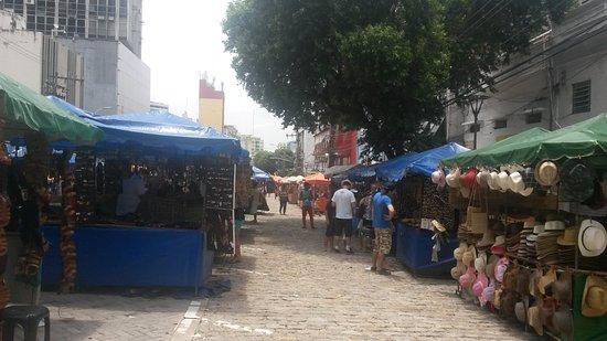 Aparador De Livros Westwing ~ Feira De Artesanato Da Avenida Eduardo Ribeiro (Manaus, Brasilien) omdömen