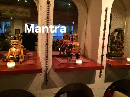 Mantra Indian Restaurant: Mantra Interior decor