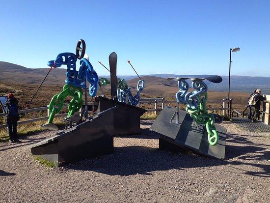 Aviemore, UK: Skiing monument