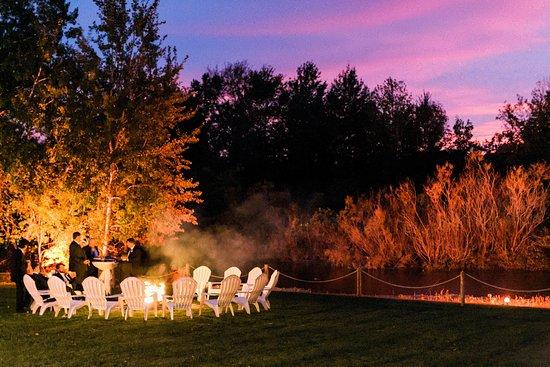 Lake Leelanau, MI: Bonfire Sunset at Aurora Cellars