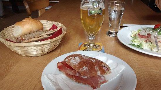 Obereggen, Italy: Pane tipico con speck