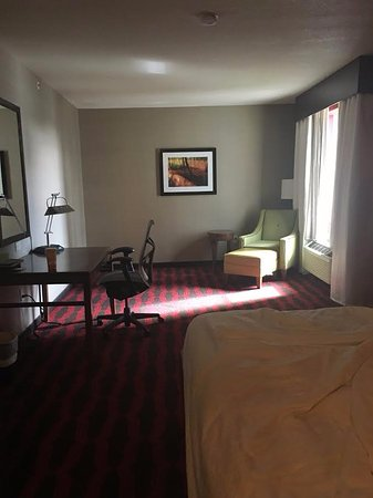 Preston, CT: Large room