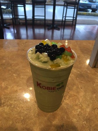 Kirkland, WA: Green tea bubble tea with tapioca pearls and rainbow jelly