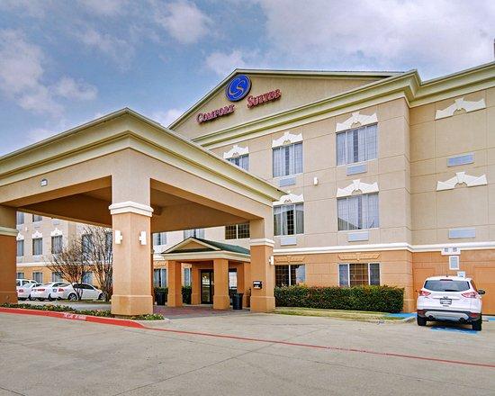 Photo of Comfort Suites Roanoke