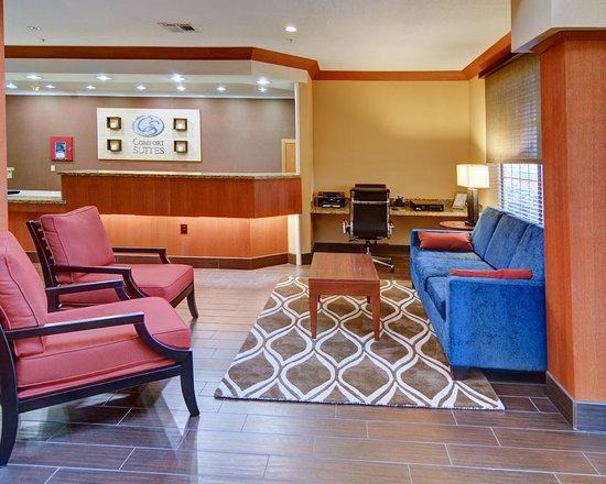 Roanoke, Teksas: Lobby Business Center