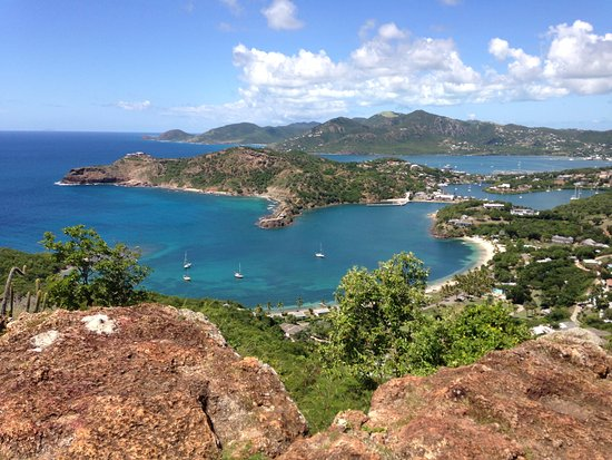 Englis Harbour, Antigua: Photo from Shirley Heights