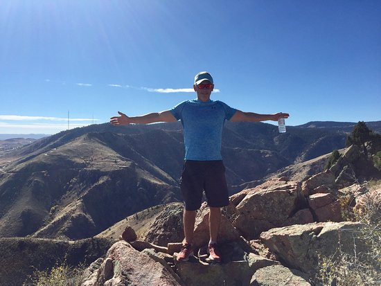 Golden, Colorado: Great trails but not well marked! We had a 2 hour adventure :)