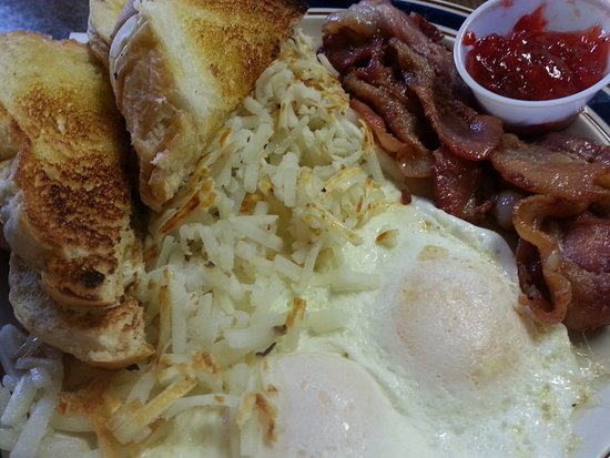 Standish, MI: Great Big Breakfast! Yum!