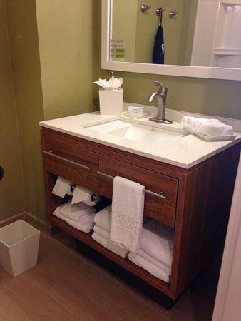 D'Iberville, Mississippi: Home2 Suites Biloxi North / D'Iberville
