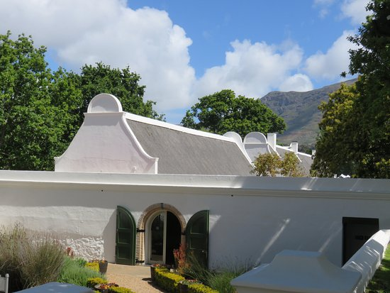 Constantia, Sydafrika: An example of the buildings