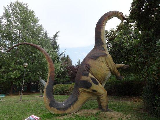 Tabiano Bagni, Ιταλία: Brontosaurus
