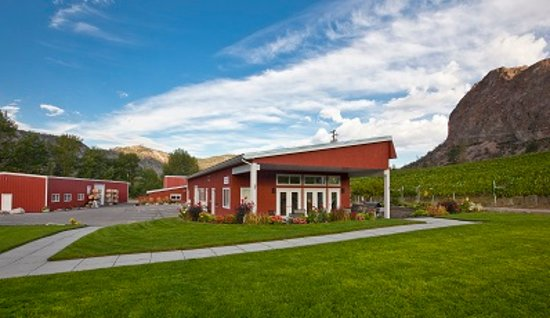 Okanagan Falls, Canadá: Visit our tasting room daily from 10AM to 5PM May through October!