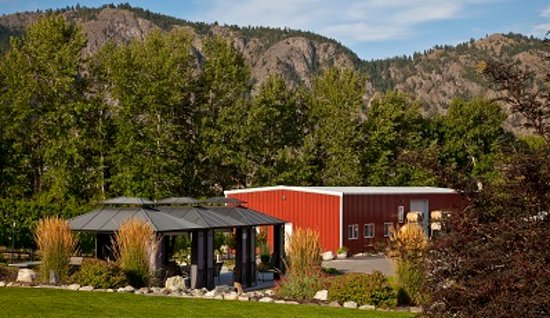 Okanagan Falls, Canadá: We offer private cabana tastings in the summer, call to inquire!