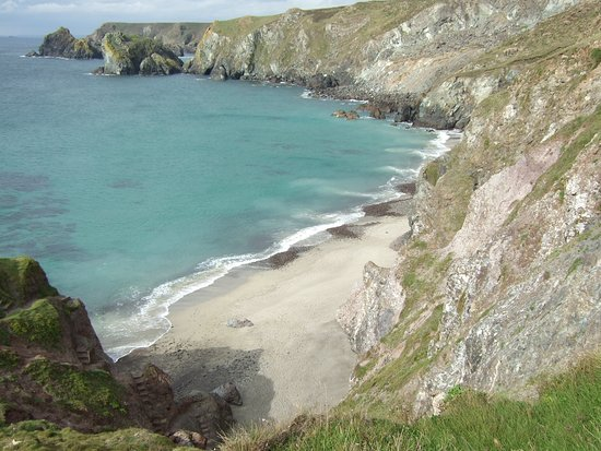Helston, UK: View from Coastal path on way to Kynance Cove