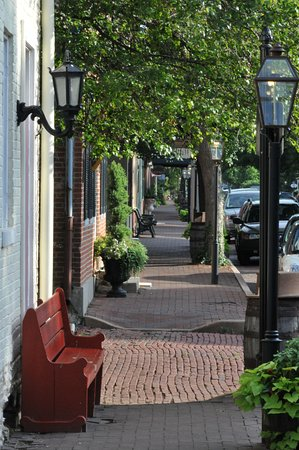 Saint Charles, MO: Brick sidewalks and cobblestone street help transport visitors back in time while enjoying shopp