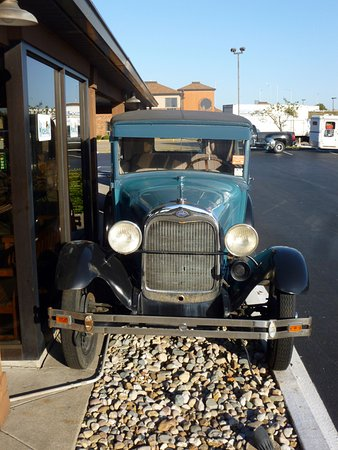 Marion, IL: Ford From the 1920s
