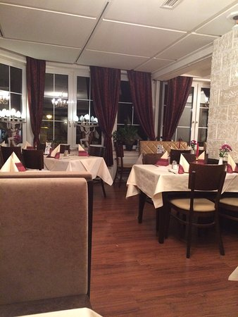 Taverne Restaurant Der Grieche: Cena de tres personas