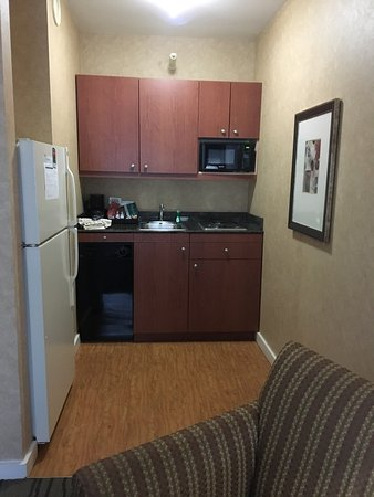 Lincolnshire, IL: 3rd floor room