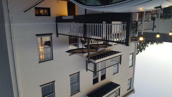 Harvey Mansion Historic Inn & Restaurant : 20161020_184039_large.jpg