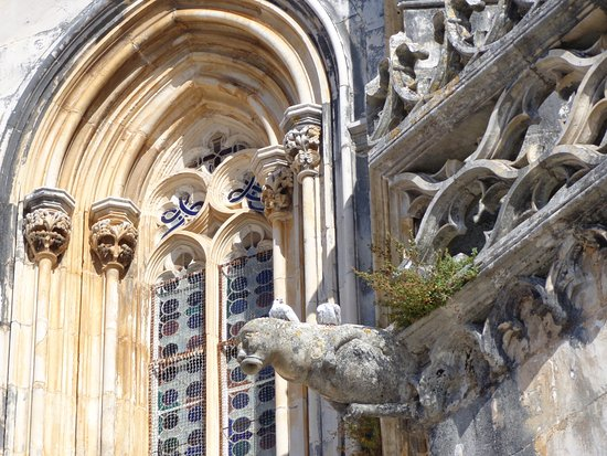 Batalha, Portugal: Manueline gargoyle with plants