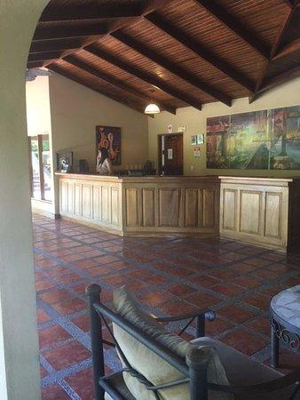 DoceLunas Hotel, Restaurant & Spa: Front Desk Checkin