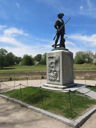 Concord, MA: Monument - Minutemen