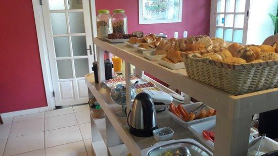 لوار دي بوزيوس: café da manhã