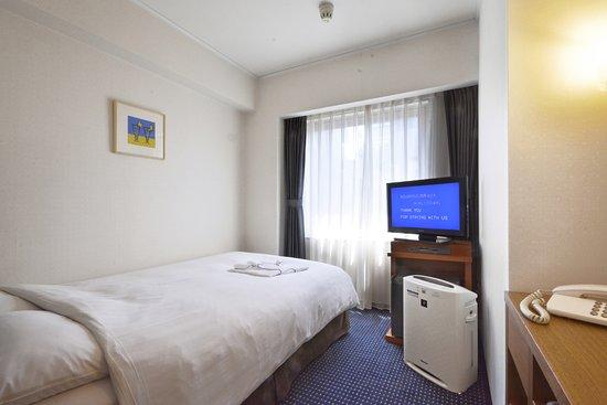 Premier Hotel–CABIN–Shinjuku: Semi Double Bedded Room