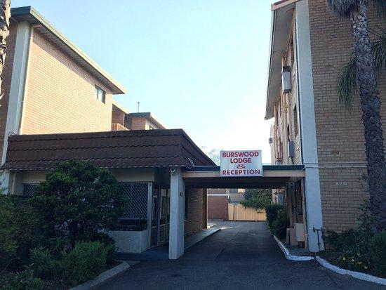 Burswood Lodge Motel Apartments: photo0.jpg