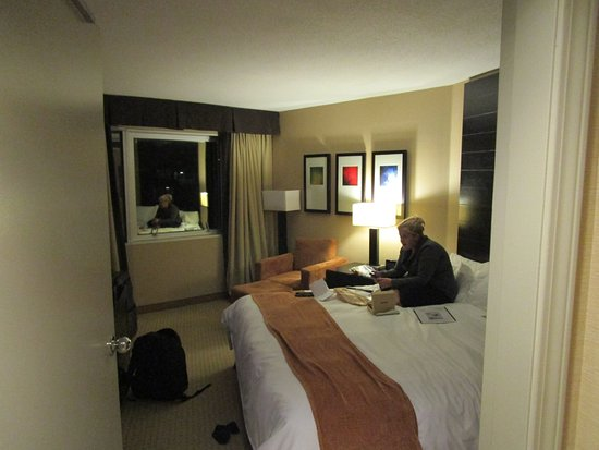 Radisson Hotel Vancouver Airport: Bedroom Area