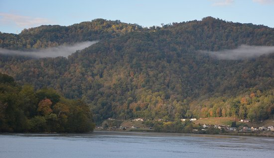 New River Gorge: Now the Kanawha and town of Glen Feris
