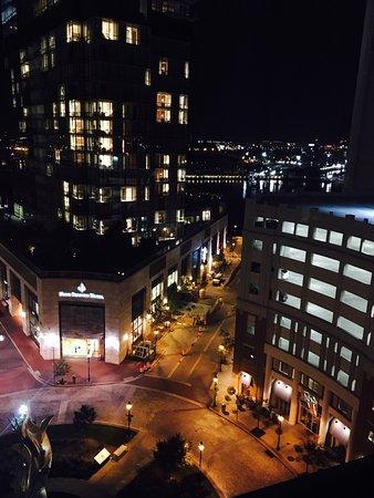 Hilton Garden Inn Baltimore Inner Harbor: photo1.jpg