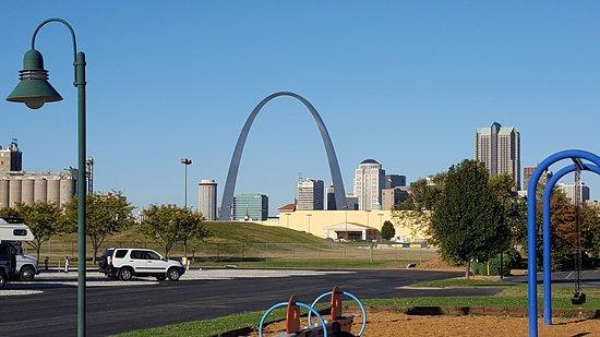 Øst St. Louis, IL: 20161023_090650_large.jpg